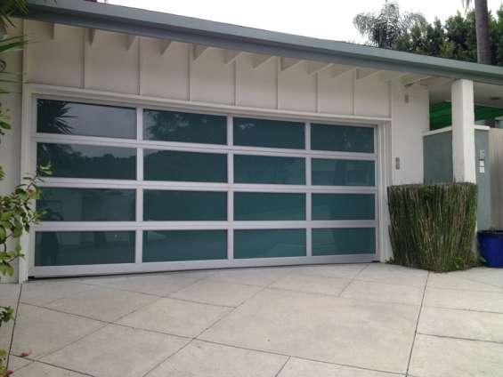 Custom garage doors near me