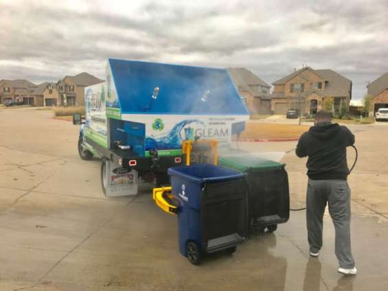 Compost cleaning systems